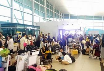 Over 1,500 stuck on flooded Phu Quoc island as airlines cancel service