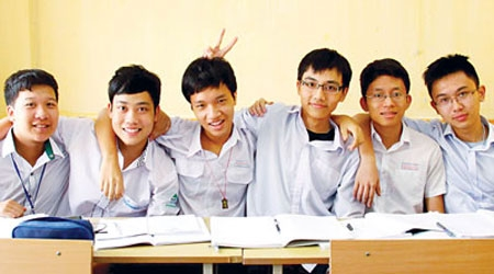 Vietnamese students win medals at Int'l Mathematical Olympiad