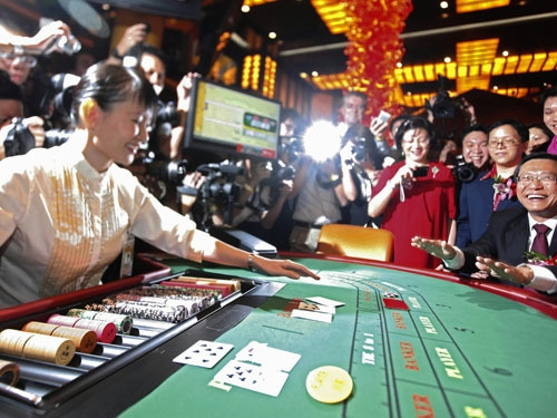 Casinos to be fined up to $10,000 if serving Vietnamese players