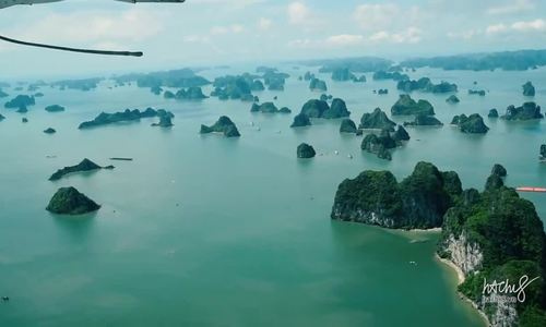 New helicopter allows aerial enjoyment of Ha Long Bay (EDITED)