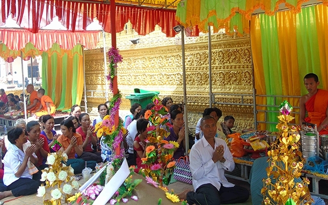 Khmer people enjoy Chol Chnam Thmay Tet Festival, entertainment events, entertainment news, entertainment activities, what's on, Vietnam culture, Vietnam tradition, vn news, Vietnam beauty, news Vietnam, Vietnam news, Vietnam net news, vietnamnet news, vi