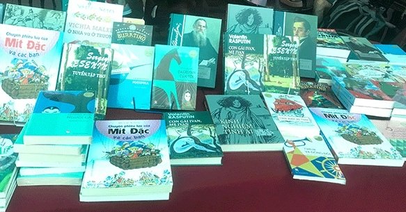 Vietnamese versions of Russian literary works introduced to public